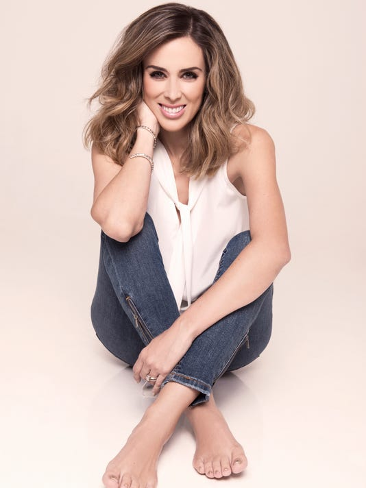 jacky bracamontes ignora críticas por hablar de william levy