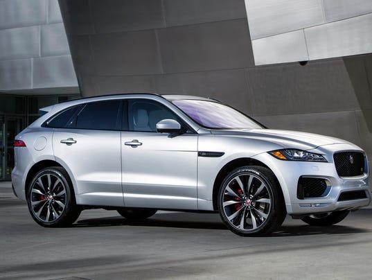 2017 Jaguar F-Pace (Photo: Nick Dimbleby, Jaguar)