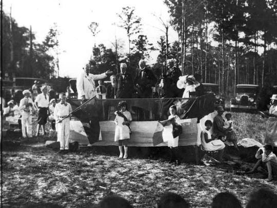 The 1927 ceremony to dedicate a plaque to the Dixie Highway and Robert E. Lee. This ceremony occurred at the plaque's original site on U.S. Hwy. 319, just south of today's Chiles High.