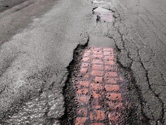New York potholes cost drivers