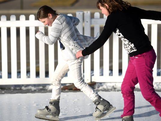 FMN-Skating-0110-003.JPG