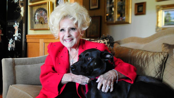 Brenda Lee talks about Christmas present ideas at her home with Little Girl.