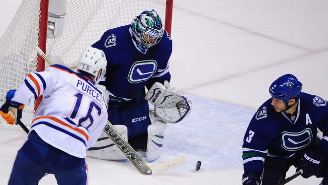 The Vancouver Canucks need Ryan Miller to be one of their best players if they want to make the playoffs this season.