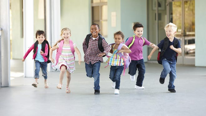 In 2007, House Bill 3141 was passed, mandating 150 minutes of PE per week for students in grades K-5 and 225 minutes per week for grades 6-8 by the 2017-2018 school year.
