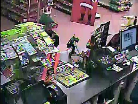 636155044788215827-Robbery-Suspect.JPG