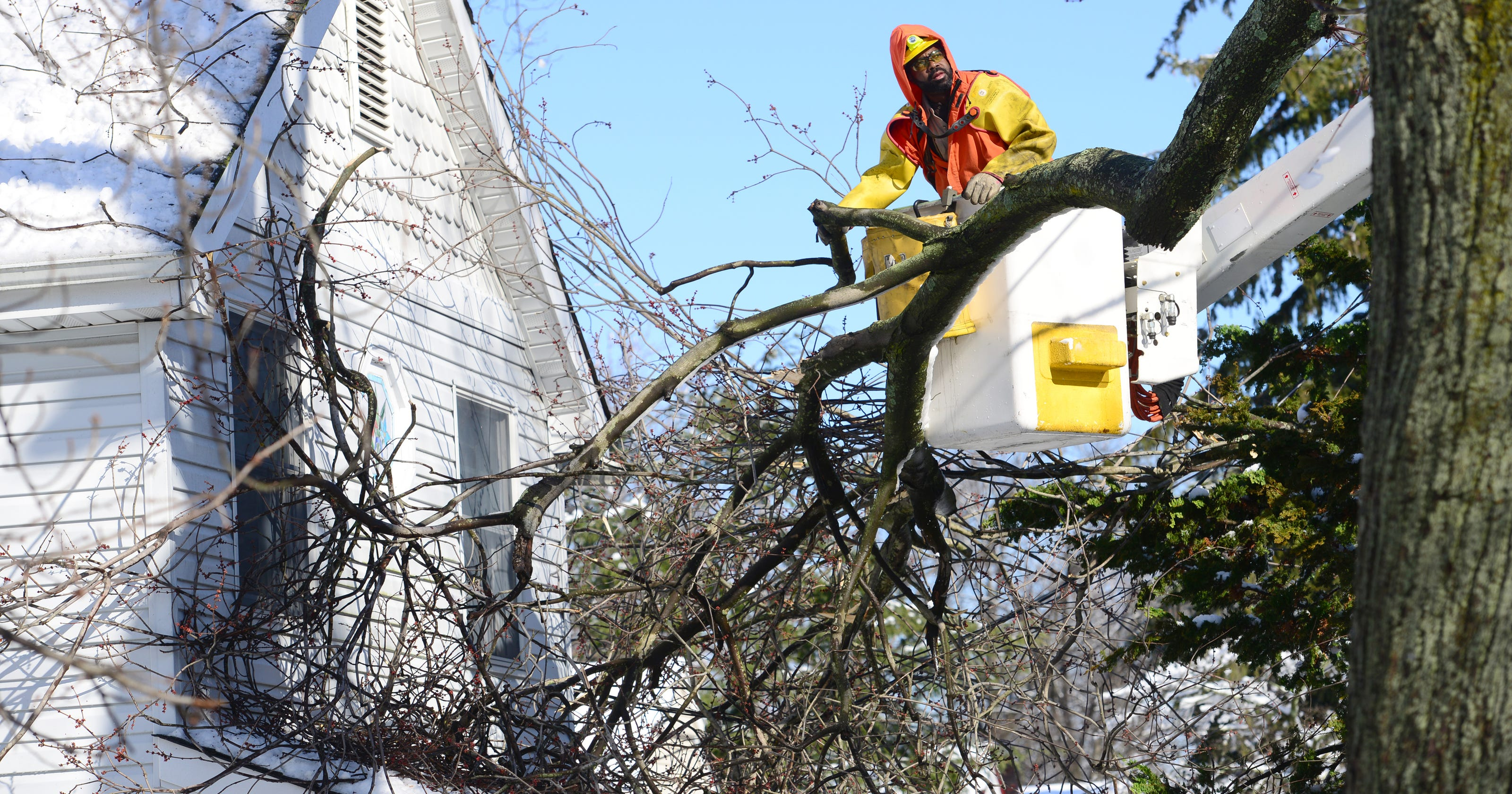 Power Outages Nj Electricity To Be Back For Most By Midnight Sunday