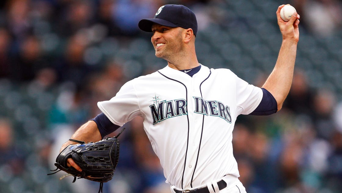 Happ, Mariners hold off Astros 3-2