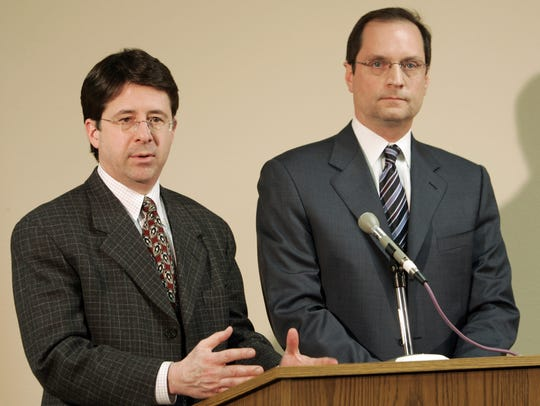 Dean Strang, left, and Jerome Buting answer questions at the Calumet County Courthouse March 18, 2007, in Chilton.