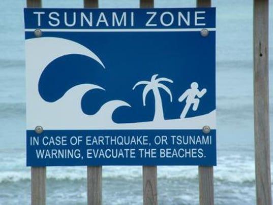 636535063113466239-tsunami1.jpg