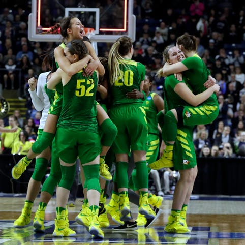 No. 10 Oregon upsets No. 3 Maryland to reach Elite Eight for first time