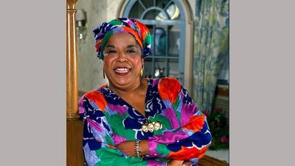 """FILE - This October 1991 file photo shows actress Della Reese. Reese, the actress and gospel-influenced singer who in middle age found her greatest fame as Tess, the wise angel in the long-running television drama """"Touched by an Angel,"""" died at age 86. A family representative released a statement Monday that Reese died peacefully Sunday, Nov. 19, 2017, in California. No cause of death or additional details were provided."""