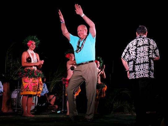 MTSU head coach Rick Stockstill danced like nobody