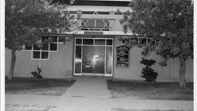 A photo of the outside of Beth Hebrew upon its completion in 1955.