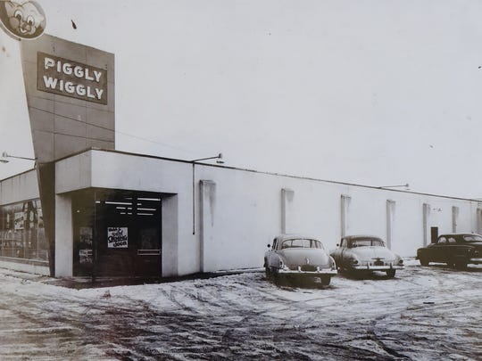 Piggly Wiggly prepares to open in 1953 at 1331 E. Wisconsin