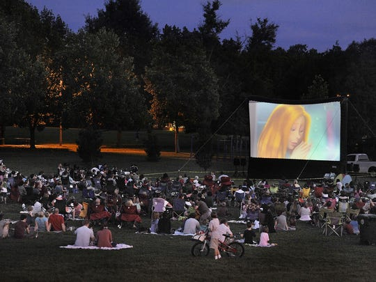 The City of Franklin offers free, outdoor family movies