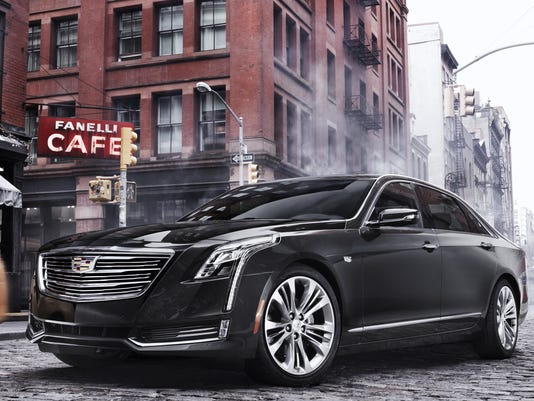 2016-Cadillac-CT6-022