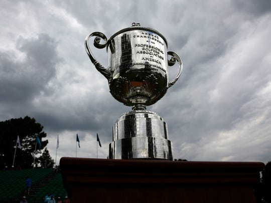 A view of the Wannamaker trophy on the first tee during