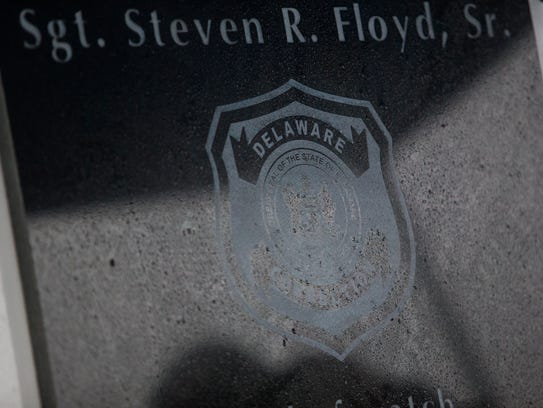 A plaque in memory of Lt. Steven R. Floyd Sr. was unveiled Sunday during a memorial ceremony for Floyd at James T. Vaughn Correctional Center.