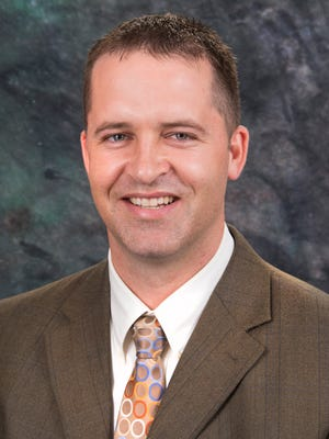 Lex Allen, an orthopedic surgeon in Cedar City specializing in hand and wrist health.