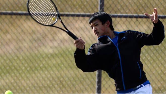 Justin Xie returns for his senior season after making it to state the last two years.