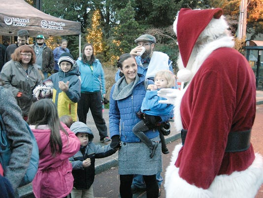 1209_KSAP_HolidayEvents+HayRide+FILE+1242+copy.jpg