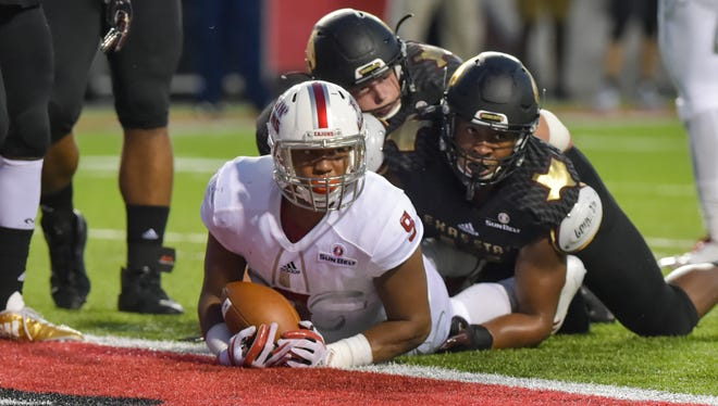 UL running back Trey Ragas and the Ragin' Cajuns are hoping to ground and pound New Mexico State for homecoming on Saturday.
