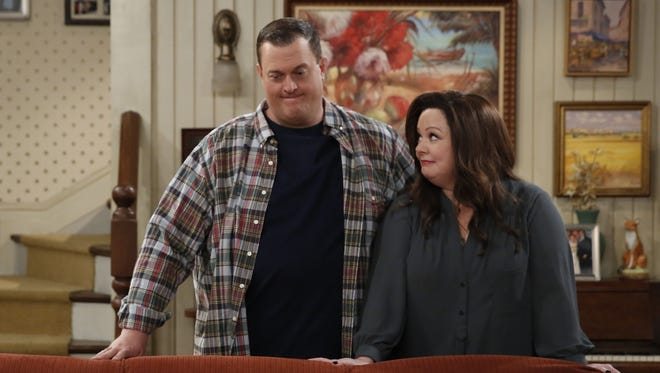 Billy Gardell, left, and Melissa McCarthy play the title characters in the CBS comedy, 'Mike & Molly.'