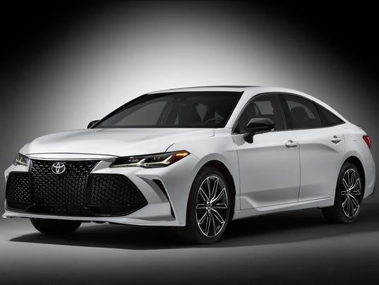 Detroit Auto Show 2019 Toyota Avalon Looks Good But