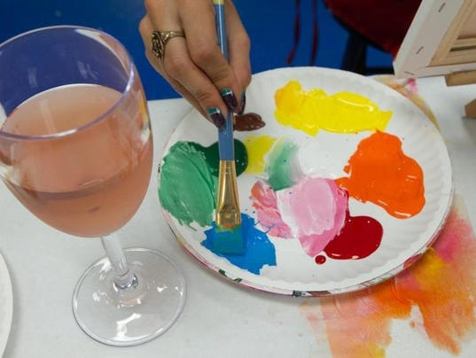 Pino paint trendy wine and art classes gain popularity for Wine and paint orlando