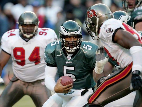 Philadelphia Eagles quarterback Donovan McNabb (5)