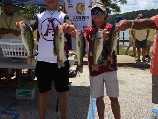 636413312655753673-Bearcat-Anglers-1st-Place.jpg