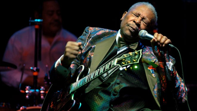 B.B. King performs at the Wicomico Youth and Civic Center, in Salisbury, Md on Feb. 16, 2007.