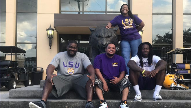 Lehigh Senior High senior Chris Curry, a consensus top-30 running back in the country, committed to LSU on Thursday.