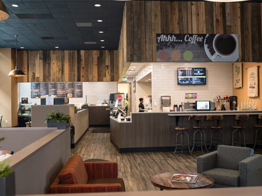 Rising Roll has opened on the University of Tennessee campus.