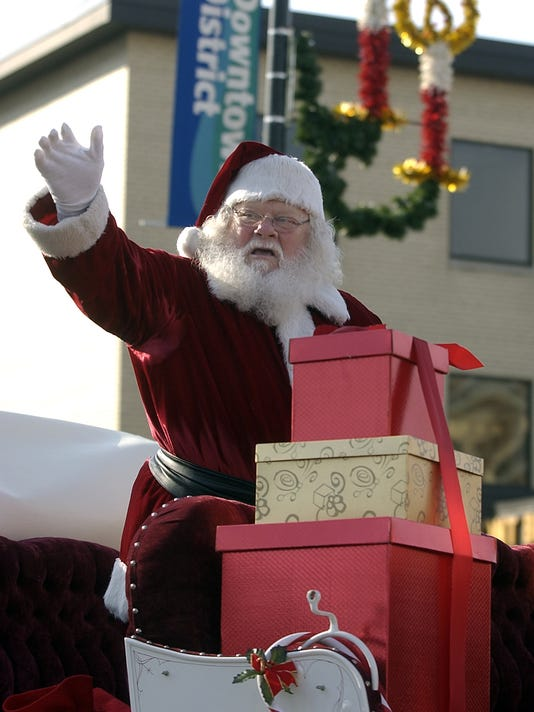 -GPGBrd_10-21-2012_Gazette_1_D013~~2012~10~19~IMG_Holiday_Parade.jpg_1_1_GH2.jpg