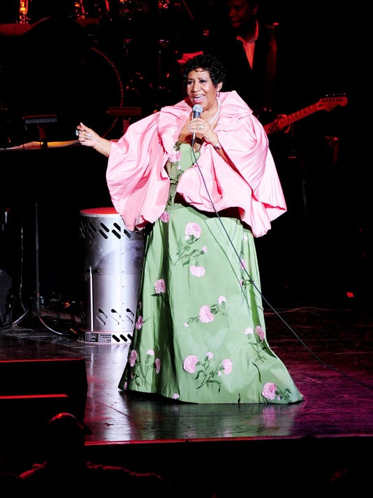 Aretha Franklin performs at the DTE Energy Theater