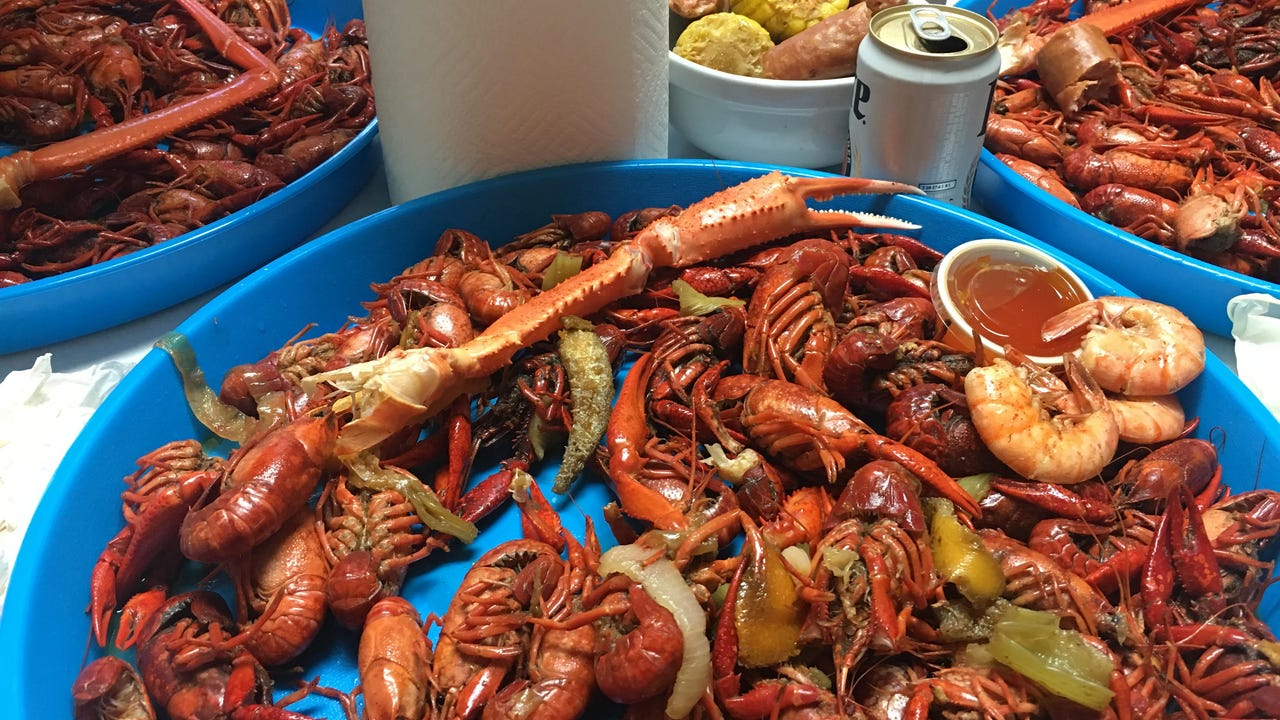 Ahead of Mudbug Madness, Shaver's Catering owner Robert Shaver demonstrates how to eat crawfish fast.