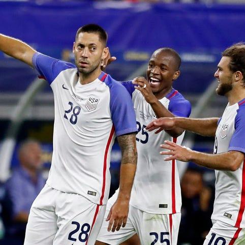 Clint Dempsey ties Landon Donovan for most goals for U.S. men's national team