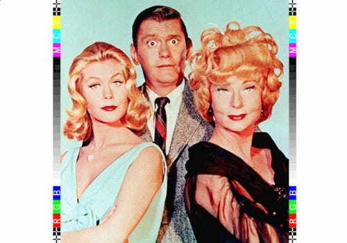 Elizabeth Montgomery, Dick York and Agnes Moorehead starred in