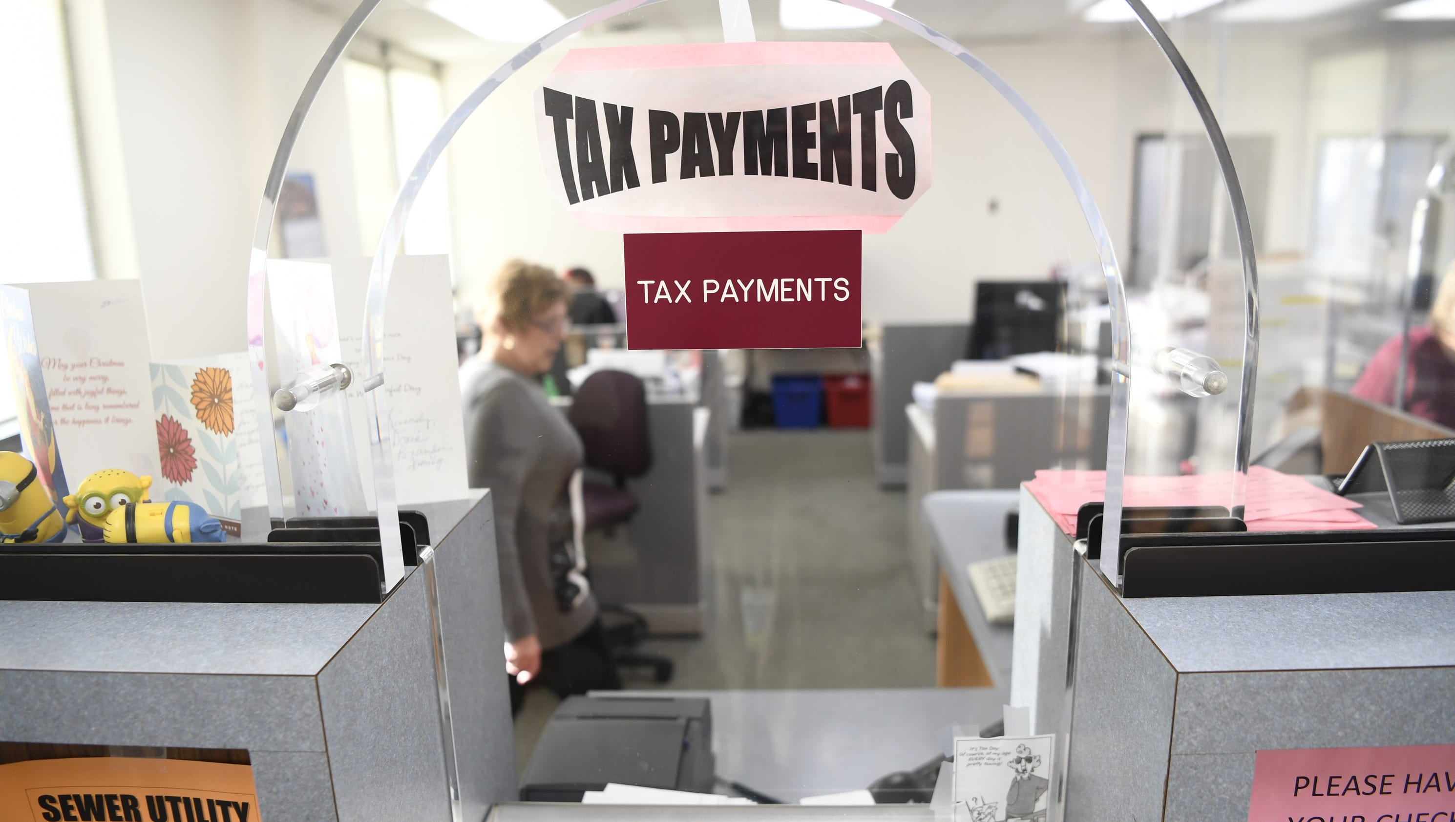how to know how much tax to pay