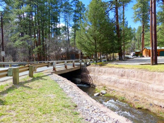rio ruidoso at first bridge