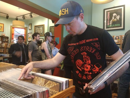 636599191184964038-Record-Store-Day.jpg