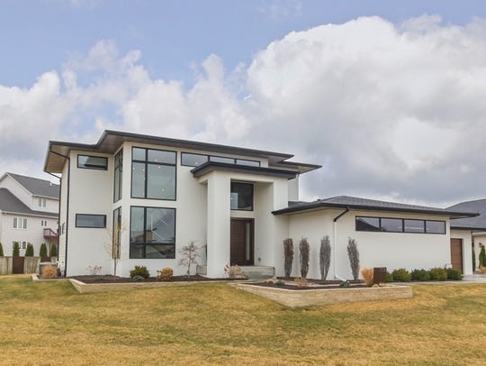 This Urbandale house sold for $1,067,500.