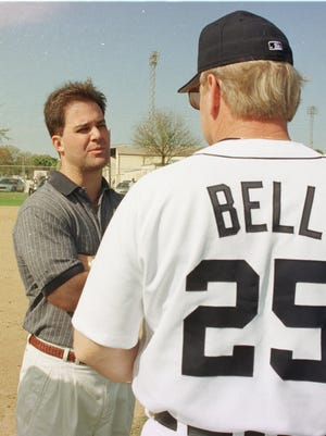 February 19,1998: Tigers general manager Randy Smith, left, talks with Tigers manager Buddy Bell at the team's spring training facility in Lakeland, Fla.