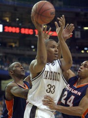 Julian Terrell played on Vanderbilt's NIT teams in 2005 and 2006. He is now on the coaching staff.