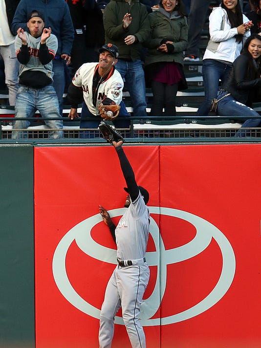 Marlins_Giants_Baseball_40312.jpg