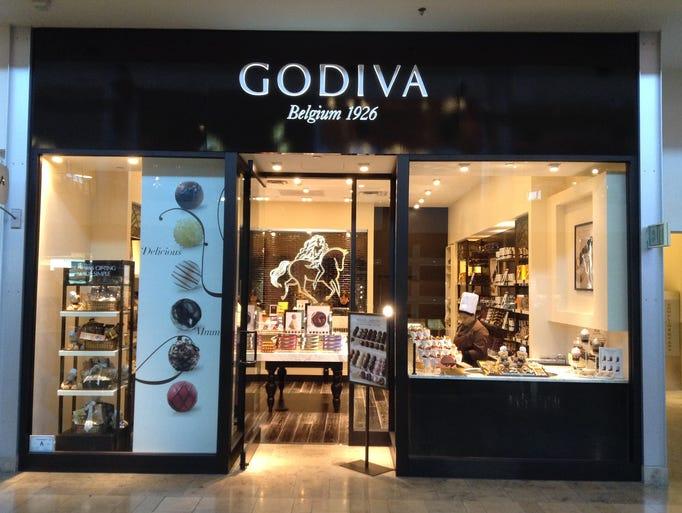 Chocolate clothing store in manassas mall