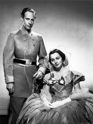 Leslie Howard and Olivia de Havilland in 'Gone with