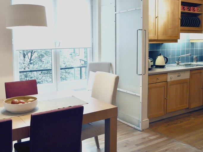 Vacation rental site FlipKey has released its ten most lucrative properties. This condo in London brought its owners more than $90,000 in rental income last year. Learn more about this property at:  http://www.flipkey.com/london-condo-rentals/p439078/