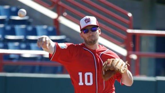 Washington Nationals infielder Stephen Drew takes infield